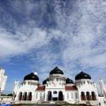 Xhamia BEJTURRAHMAN, kalaja e Açe-s në Indonezi (FOTO)