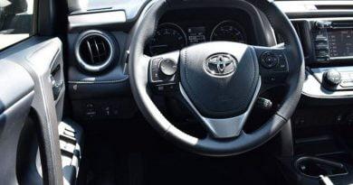 Mbi 20 të vdekur, Toyota tërheq nga tregu një milion makina (Foto)