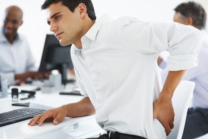 7 Problemet që vijnë si pasojë e qëndrimit ulur për një kohë të gjatë