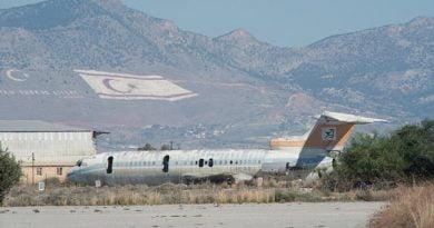 Aeroporti fantazmë i Qipros (FOTO)