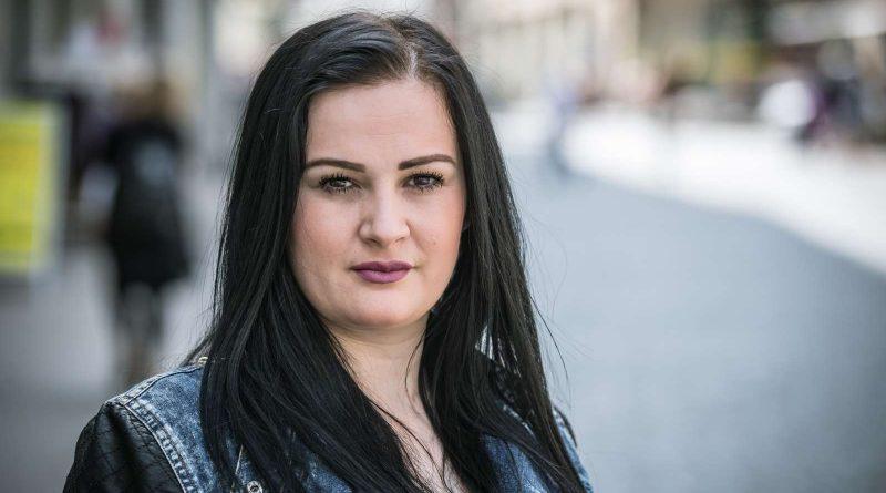 Zvicra do ta dëbojë Laurën që nuk i bëhet shërbëtore burrit