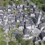Një fshat i tërë bëhet hotel (FOTO)