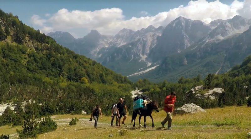Viziton Shqipërinë, turisti i huaj publikon videon e mrekullueshme