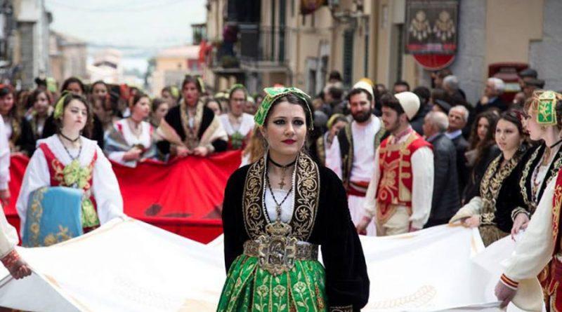 Kush janë Arbëreshët, ose shqiptarët e Italisë? (FOTO)