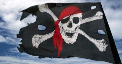 Pse piratët mbulonin vazhdimisht njëri sy? (FOTO)