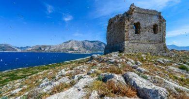Ishulli në Itali del në shitje për 1.1 milion dollarë