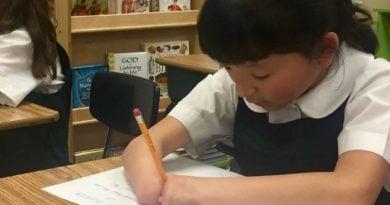 10-vjeçarja pa duar fiton konkursin për dorëshkrim