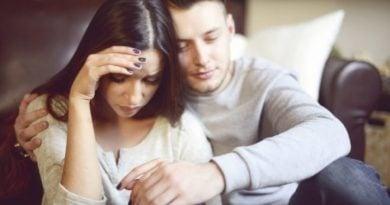 Gënjeshtrat që gratë e martuara ua thonë burrave