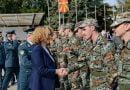 Shekerinska për vizitë në batalionin inxhinierik