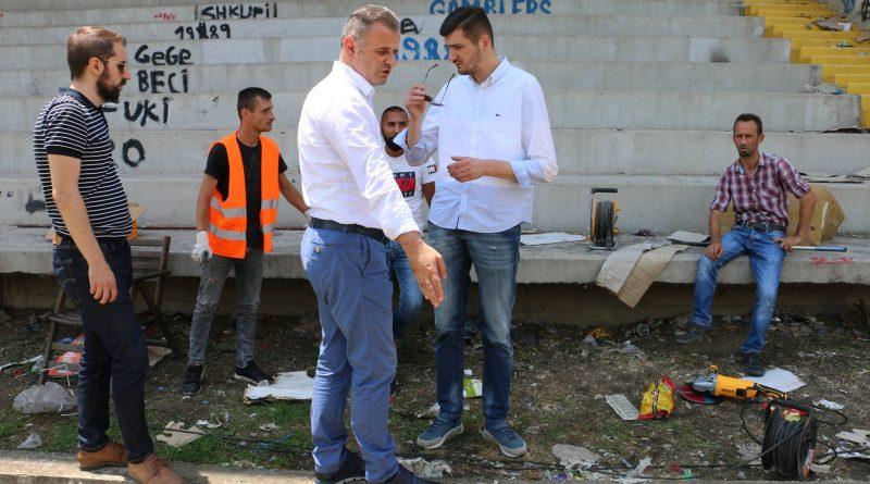 """Bëhen përgatitjet e para për ndërtimin e tribunës së re të K.F. """"Shkupi"""""""
