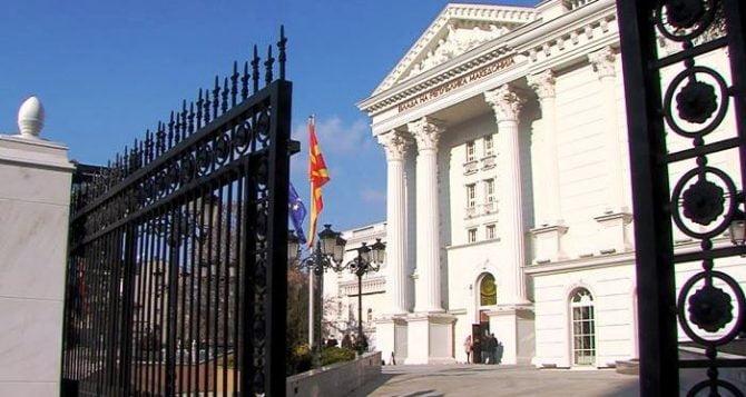 Qeveria urdhëron institucionet t i publikojnë të dhënat për furnizimet publike