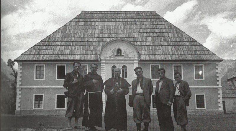 Si i këshillon Koliqi shqiptarët
