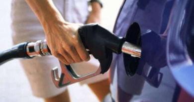 """Shqiptarët paguajnë benzinën """"më të shtrenjtë"""" në Evropë"""
