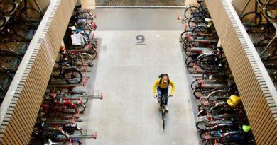 Në Holandë hapet parkingu më i madh i biçikletave në botë