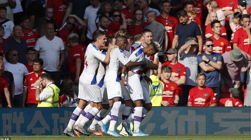 United zhgënjen në shtëpi, Crystal Palace i shkakton humbjen e parë