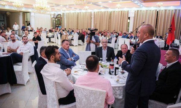 Haradinaj premton përkrahje familjarëve të të dënuarve në rastin  Kumanova