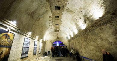 MURI I BERLINIT. Dalin pamjet e rralla të tunelit ku arratiseshin gjermanët (FOTO)