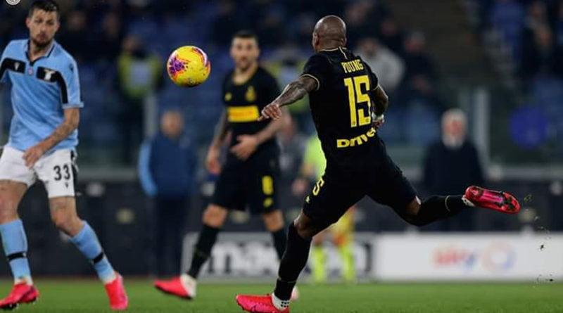 Young: Interi mbetet në garë për titull