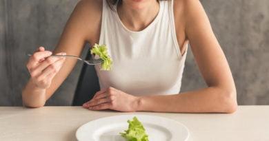 Po mendoni të mbani dietë? Ja çfarë duhet të dini